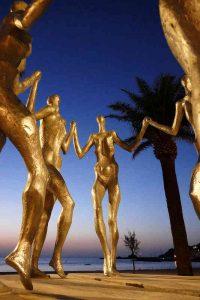 "Pat Rowland's Skulptur ""La Sardane"""