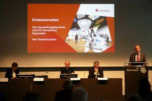 Dr. Wolfgang Hansch spricht über die Experimenta