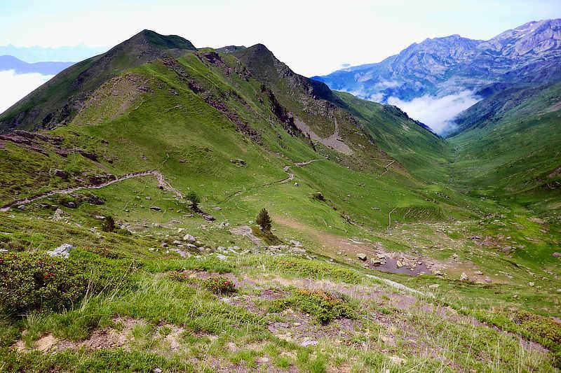 Weite Panoramen beglücken das Wandererherz im Béarn.